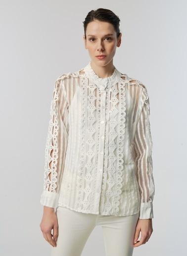 Monamoda Armürlü Güpür Bluz Beyaz